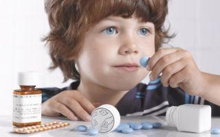 Антибиотики при бронхите — какие антибактериальные препараты показаны при лечении