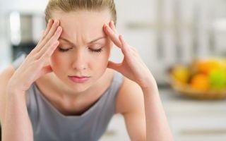 Почему щелкает в ухе при глотании, зевании, жевании — что делать