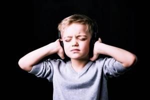 Давит на уши изнутри причины давления, лечение, причины