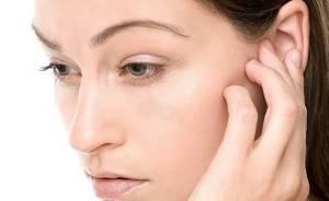 Ушные капли при заложенности уха чем и как закапывать