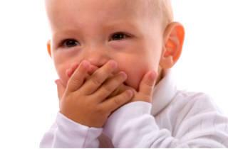 Инородное теле в носу у ребенка: первая помощь при попадании предмета