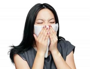 Медикаментозное, народное и хирургическое лечение затяжного насморка у взрослых