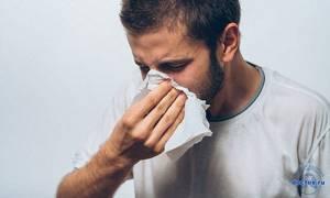 Сопли с кровью при насморке у взрослых - причины крови в соплях