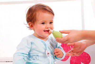 Насморк у ребенка симптомы и причины, как лечить каплями, ингаляциями и народными средствами