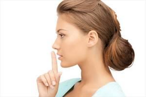Возможные причины осиплости голоса: медикаментозное лечение