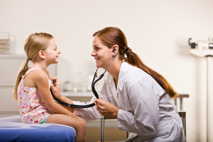 Вирусная ангина: может ли ребенок не чувствовать боль?