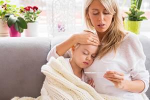 Почему у ребенка бывает кашель без температуры и чем его лечить