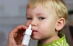 Чем лечить заложенность носа у детей - средства и препараты для ребенка