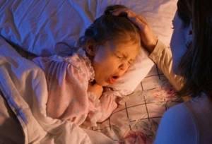 Ларингоспазм у детей и взрослых: симптомы, лечение, средства народной медицины