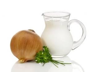 Молоко с луком от кашля: самые эффективные рецепты