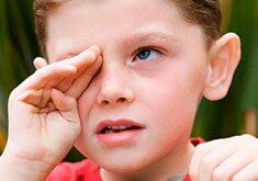 Что делать, если ребенок постоянно подкашливает, кхыкает, кхекает