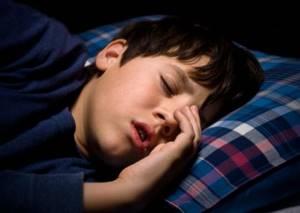 Капли в нос для детей Адринол: показания к применению