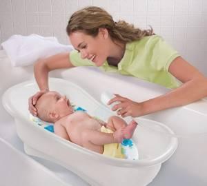 Можно ли купать грудничка при насморке и кашле без температуры