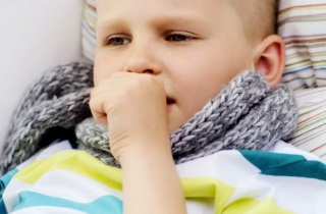 Кашель со свистом у ребенка причины, лечение