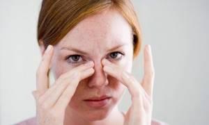 Болит переносица при насморке, признаки синусита