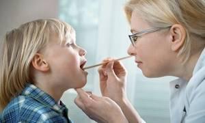 Грибок в носу и носоглотке, симптомы, лечение традиционными и народными средствами